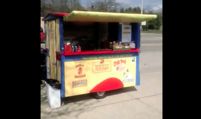 E-Z Built Stand In Hot Dog Cart